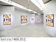 Купить «В художественной галерее», фото № 466012, снято 19 октября 2018 г. (c) Losevsky Pavel / Фотобанк Лори