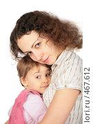 Купить «Мама обнимает дочку», фото № 467612, снято 22 мая 2019 г. (c) Losevsky Pavel / Фотобанк Лори