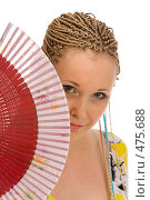 Купить «Девушка за веером», фото № 475688, снято 7 сентября 2008 г. (c) Дмитрий Евдокимов / Фотобанк Лори