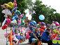 Продажа воздушных шаров и сувениров. Москва, фото № 488116, снято 9 июня 2008 г. (c) Юлия Селезнева / Фотобанк Лори
