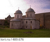 Купить «Церковь в крепости Ивангорода», фото № 489676, снято 27 сентября 2008 г. (c) Юрий Винокуров / Фотобанк Лори