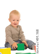 Купить «Мальчик с кубиками», фото № 491168, снято 30 августа 2008 г. (c) Валентин Мосичев / Фотобанк Лори