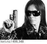 Купить «Девушка с пистолетом», фото № 498348, снято 11 сентября 2008 г. (c) hunta / Фотобанк Лори