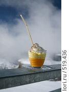 Купить «Коктейль горнолыжника», фото № 519436, снято 11 марта 2008 г. (c) Ярослава Синицына / Фотобанк Лори