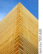 """Купить «Угол строящейся деревянной церкви методом """"без единого гвоздя""""», фото № 551620, снято 6 ноября 2008 г. (c) RedTC / Фотобанк Лори"""
