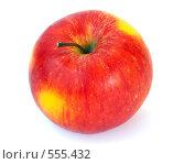 Купить «Красное яблоко», фото № 555432, снято 10 июля 2020 г. (c) Юрий Брыкайло / Фотобанк Лори