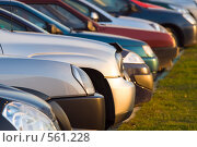 Купить «Автомобили», фото № 561228, снято 13 ноября 2008 г. (c) Сергей Лаврентьев / Фотобанк Лори