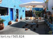 Купить «Греция, остров Санторини, улица», эксклюзивное фото № 565824, снято 11 августа 2008 г. (c) Яна Королёва / Фотобанк Лори