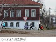 Купить «Центр поселка Лух», эксклюзивное фото № 582948, снято 5 марта 2008 г. (c) Gagara / Фотобанк Лори