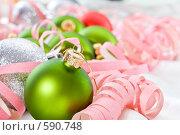 Купить «Новогоднее украшение», фото № 590748, снято 26 ноября 2008 г. (c) Кравецкий Геннадий / Фотобанк Лори