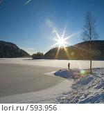 Купить «Норвегия, замерзшее озеро», фото № 593956, снято 30 ноября 2008 г. (c) Tamara Kulikova / Фотобанк Лори