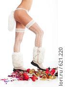 Женские ноги в белых чулках и унтах. Стоковое фото, фотограф pshek / Фотобанк Лори