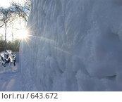 Купить «Снежная стена», фото № 643672, снято 3 января 2009 г. (c) Хорольская Екатерина / Фотобанк Лори