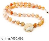 Купить «Оранжевые ожерелье из камней», фото № 650696, снято 27 декабря 2008 г. (c) Александр Кузовлев / Фотобанк Лори