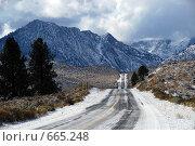 Купить «Дорога в горах Америки», фото № 665248, снято 11 октября 2008 г. (c) Estet / Фотобанк Лори