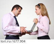 Купить «Коллеги: молодые бизнесмены в офисе», фото № 677904, снято 21 июля 2007 г. (c) Владимир Мельник / Фотобанк Лори