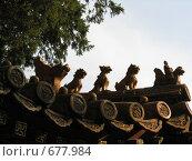 Купить «Фигурки на крыше китайской пагоды», фото № 677984, снято 6 сентября 2007 г. (c) Екатерина Овсянникова / Фотобанк Лори