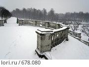 Петергоф. Зима. Идет снег (2009 год). Редакционное фото, фотограф Илларионов Андрей / Фотобанк Лори