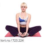 Купить «Упражнение по гимнастике», фото № 723224, снято 22 февраля 2009 г. (c) Юрий Викулин / Фотобанк Лори