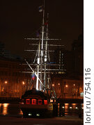 Корабль-кафе на Неве (2009 год). Редакционное фото, фотограф Дамир / Фотобанк Лори