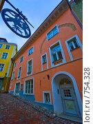 Вывески старого Таллина (2009 год). Редакционное фото, фотограф Андрей Григорьев / Фотобанк Лори