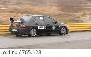 Купить «Спортивная машина на треке», фото № 765128, снято 25 февраля 2009 г. (c) Никончук Алексей / Фотобанк Лори