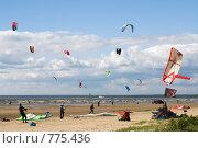 И оседлали ветер (2008 год). Стоковое фото, фотограф Виталий Фурсов / Фотобанк Лори