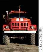 Купить «Пожарная машина в гараже», фото № 783184, снято 31 октября 2004 г. (c) Здоров Кирилл / Фотобанк Лори