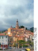 Купить «Вид старого города. Ментона. Лазурный берег Франции», фото № 792748, снято 10 июля 2008 г. (c) Евгений Дробжев / Фотобанк Лори