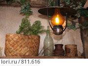 Купить «Горящая керосиновая лампа», фото № 811616, снято 24 августа 2019 г. (c) Losevsky Pavel / Фотобанк Лори