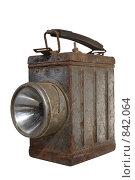 Купить «Старый аккумуляторный электрический переносной фонарь», фото № 842064, снято 31 июля 2008 г. (c) Сергей Иващенко / Фотобанк Лори