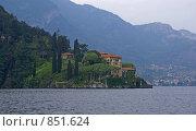 Италия. Вилла на берегу озера Комо. Вид с борта прогулочного судна, фото № 851624, снято 13 мая 2007 г. (c) GrayFox / Фотобанк Лори