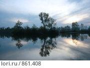 Озеро. Стоковое фото, фотограф Анастасия Селивёрстова / Фотобанк Лори