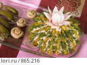 Купить «Салат в форме кактуса, вид сбоку», фото № 865216, снято 8 апреля 2007 г. (c) Елена А / Фотобанк Лори