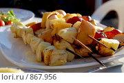Купить «Барбекю, фрукты», фото № 867956, снято 16 мая 2009 г. (c) Tamara Sushko / Фотобанк Лори