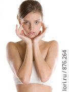 Купить «Девушка держится руками за голову», фото № 876264, снято 23 марта 2009 г. (c) Кувшинников Павел / Фотобанк Лори