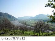 Купить «Вид на Дарьяльское ущелье», фото № 878812, снято 17 мая 2009 г. (c) Андрей Багаев / Фотобанк Лори