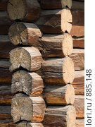 Купить «Угол деревянного сруба», фото № 885148, снято 12 апреля 2009 г. (c) Юрий Егоров / Фотобанк Лори