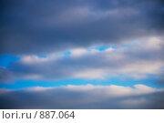 Купить «Небо перед дождем», фото № 887064, снято 15 мая 2009 г. (c) Ирина Литвин / Фотобанк Лори