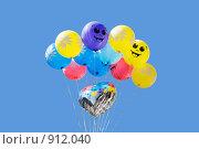 Купить «Воздушные шарики», эксклюзивное фото № 912040, снято 31 мая 2009 г. (c) Александр Щепин / Фотобанк Лори