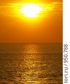 Закат на море (2008 год). Стоковое фото, фотограф Александр Юркинский / Фотобанк Лори