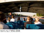 Купить «Прогулка на теплоходе по Москве реке», фото № 956008, снято 1 июня 2009 г. (c) Дарья Филин / Фотобанк Лори