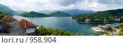 Купить «Ябланицкое озеро, панорама», фото № 958904, снято 5 мая 2009 г. (c) Paul Bee / Фотобанк Лори