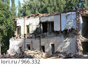 Снос дома в Уфе. Стоковое фото, фотограф Гульнара Магданова / Фотобанк Лори