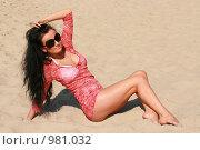 Красивая девушка на пляже. Стоковое фото, фотограф Сухоносова Анастасия / Фотобанк Лори