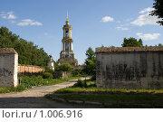 Купить «Преподобенская колокольня», фото № 1006916, снято 1 июля 2009 г. (c) Валерий Пчелинцев / Фотобанк Лори