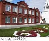 Школа из красного кирпича (2009 год). Стоковое фото, фотограф Pavel S. Popov / Фотобанк Лори