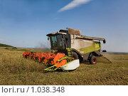 Купить «Битва за урожай», фото № 1038348, снято 10 августа 2009 г. (c) Юрий Викулин / Фотобанк Лори