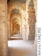 Римский Амфитеатр Эль Джема в Тунисе (2009 год). Стоковое фото, фотограф Анфимов Леонид / Фотобанк Лори