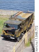 Купить «Военный автомобиль», фото № 1048772, снято 20 августа 2009 г. (c) Smolin Ruslan / Фотобанк Лори